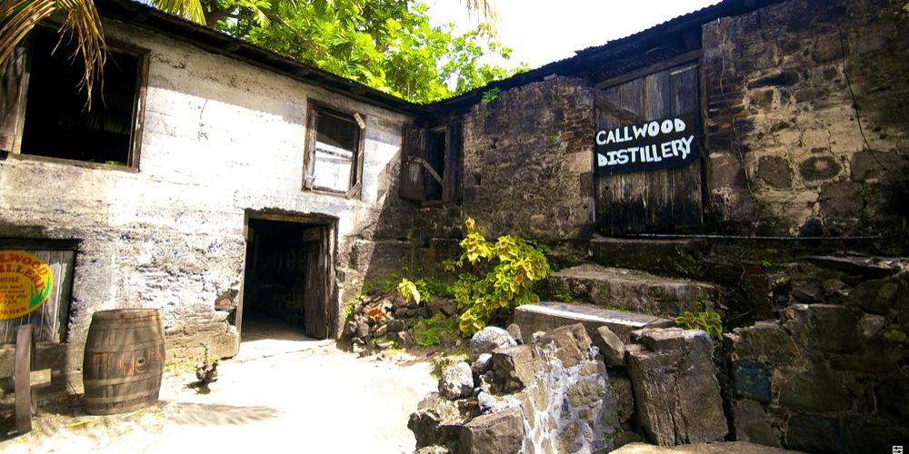 Callwood, la plus ancienne distillerie à marmites des Caraïbes