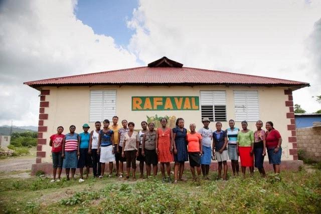 Les femmes de RAFAVAL font du chocolat