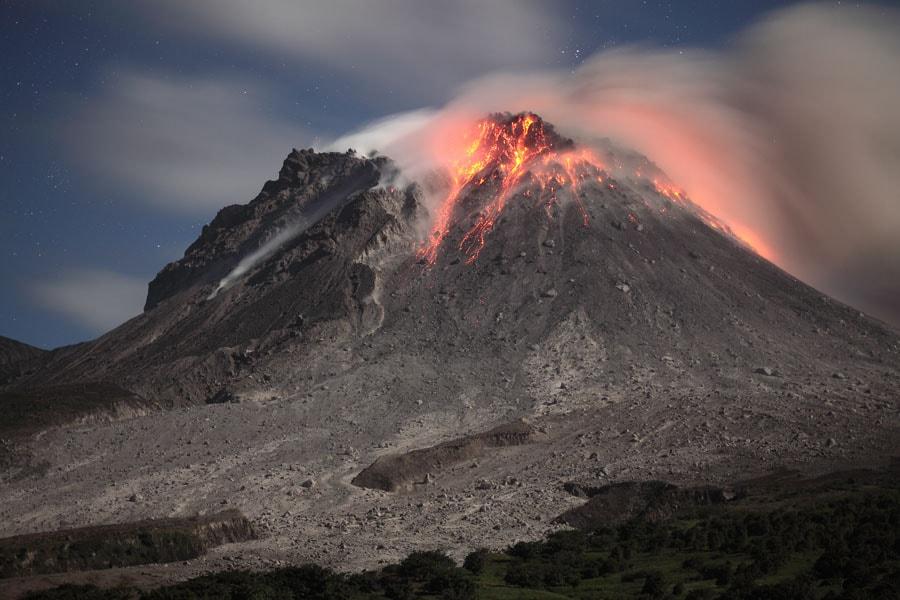 Le Volcan Soufrière Hills figure parmi les volcans les plus surveillés au monde