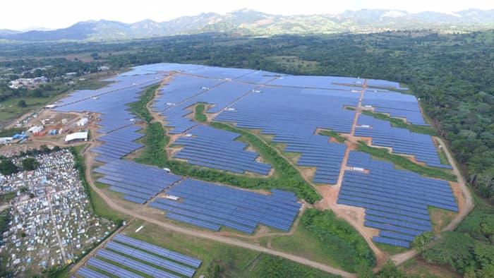 Le plus grand parc d'énergie solaire de la Caraïbe se trouve en République dominicaine