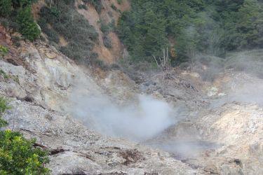 Bains de boues au cœur du volcan à Sainte-Lucie